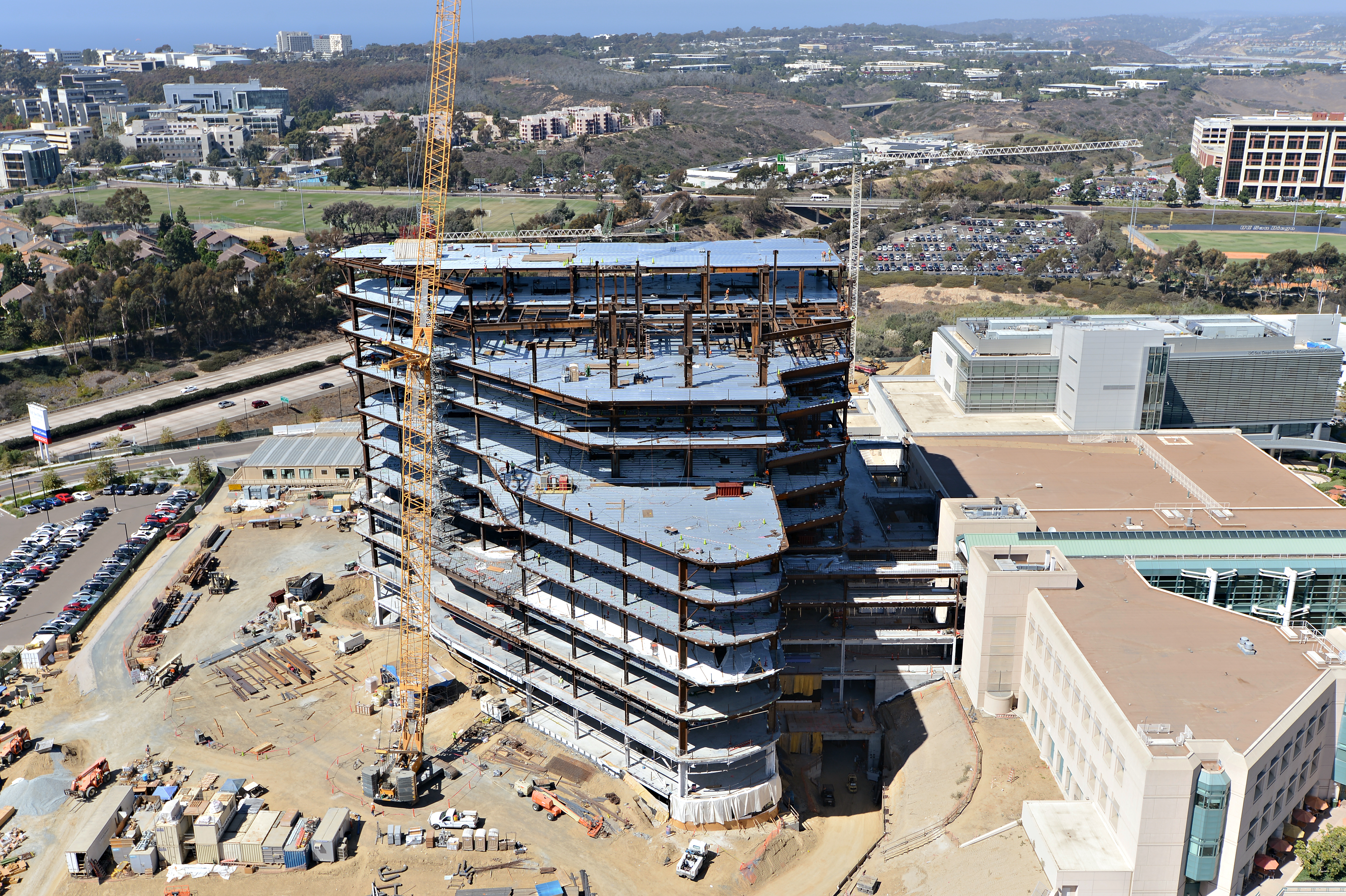 UC San Diego Jacobs Medical Center 10-1-13 (13)